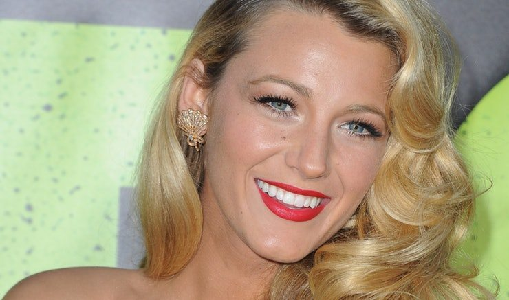 "The Ultimate Blake Lively's ""Date Night"" Makeup Guide"