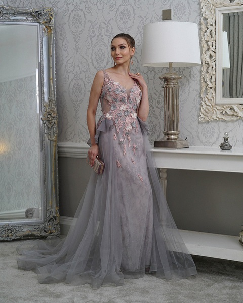 Evening Wear For Glam Look