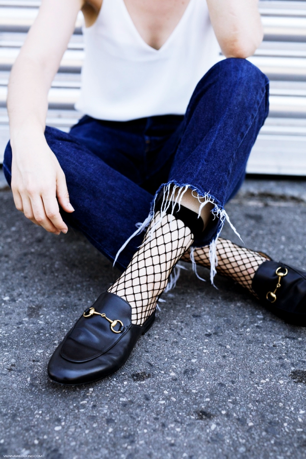 This-is-How-Sheer-Socks-are-Becoming-a-Trend