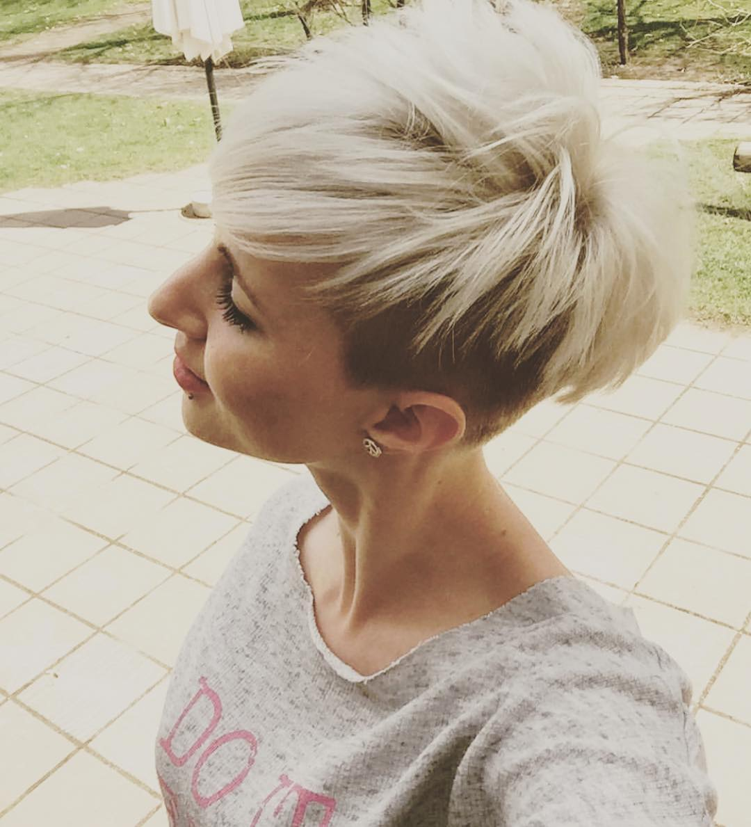 Bleached Undercut Pixie, Easy Short Hairstyle